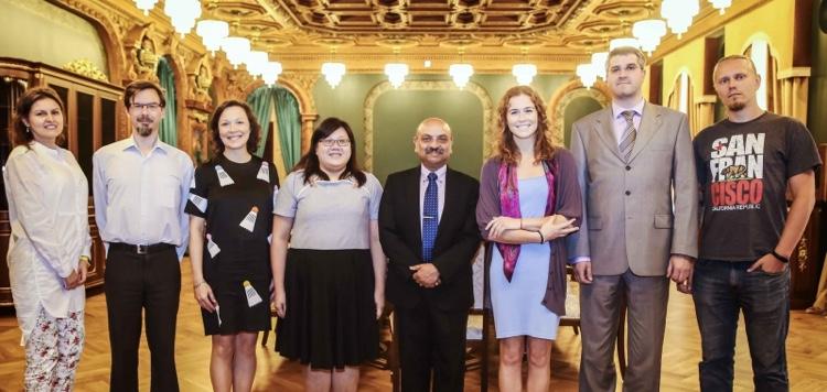 我校与南洋理工大学在国际教育项目领域加强合作