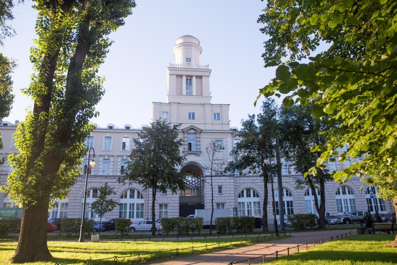 福布斯评级第三期: ITMO大学保持其位置在前10名