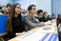 根据《Expert》分析中心的最新评级结果,ITMO大学的计算机科学专业排名是俄罗斯第一