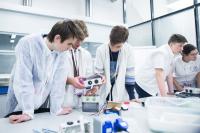 ITMO University 进入 RAEX机构(俄罗斯信用评级机构)的五类专业排名