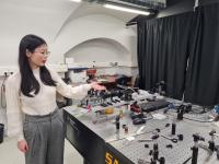 孙雅丽在光学实验室的生活
